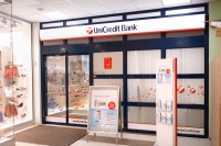 06 Unicreditbank 03